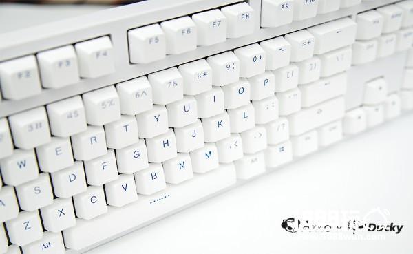 经典来袭!Akko Ducky发布3108 PBT二色版本机械键盘[多图]图片3