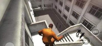 疯城监狱越狱游戏安卓版图片1
